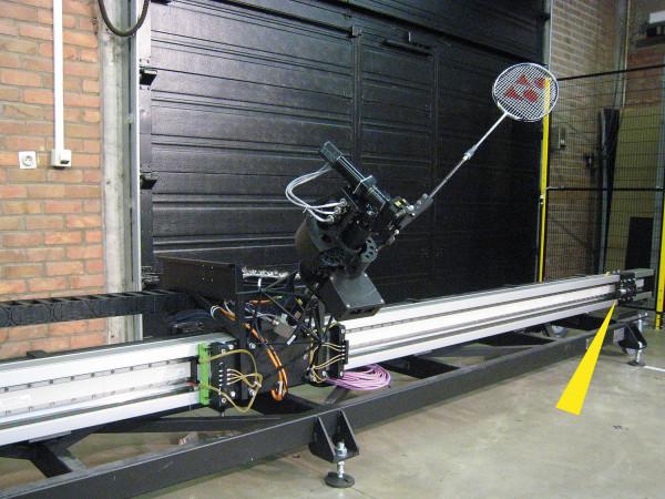 MC33-64 - Badminton-Roboter Jada