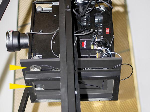 PLM - Projektor, Schwingungsisolierung