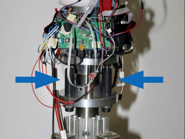 SC190-925 - Quadrokopter mit Kleinstoßdämpfern geschützt
